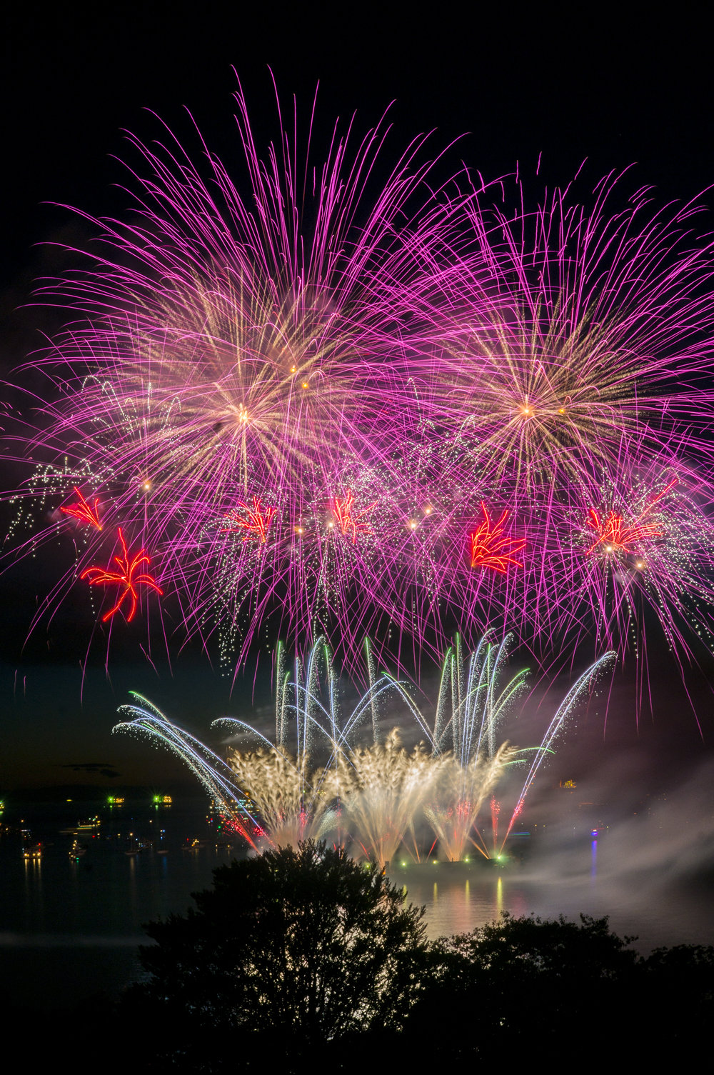 fireworks_japan.1001.jpg