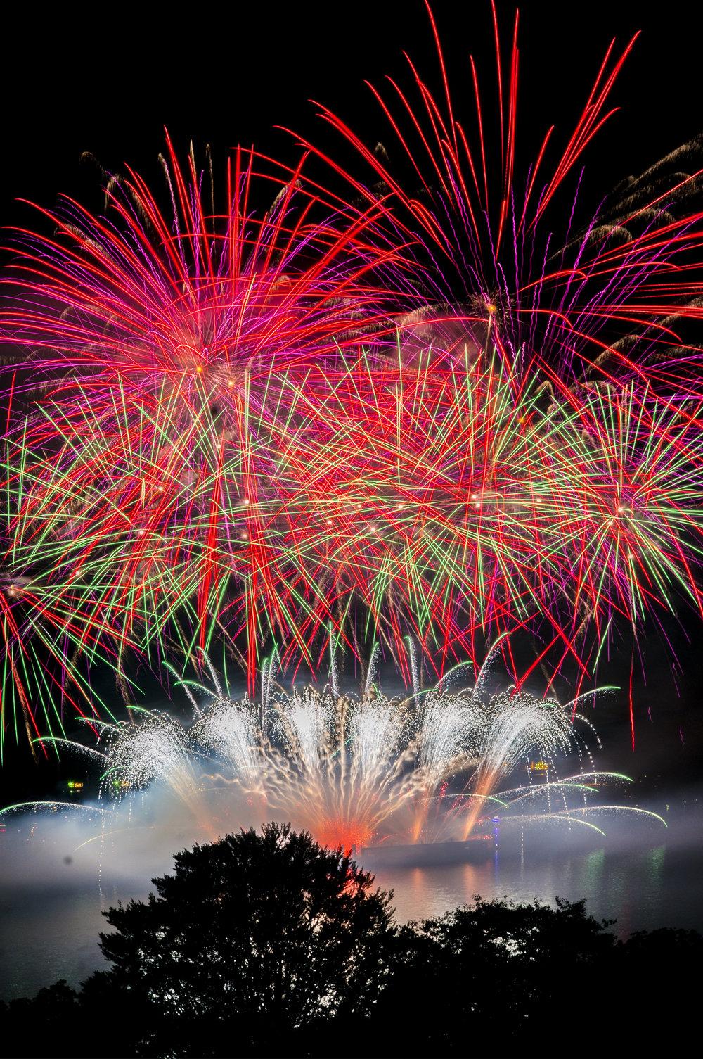 fireworks_japan.1006.jpg