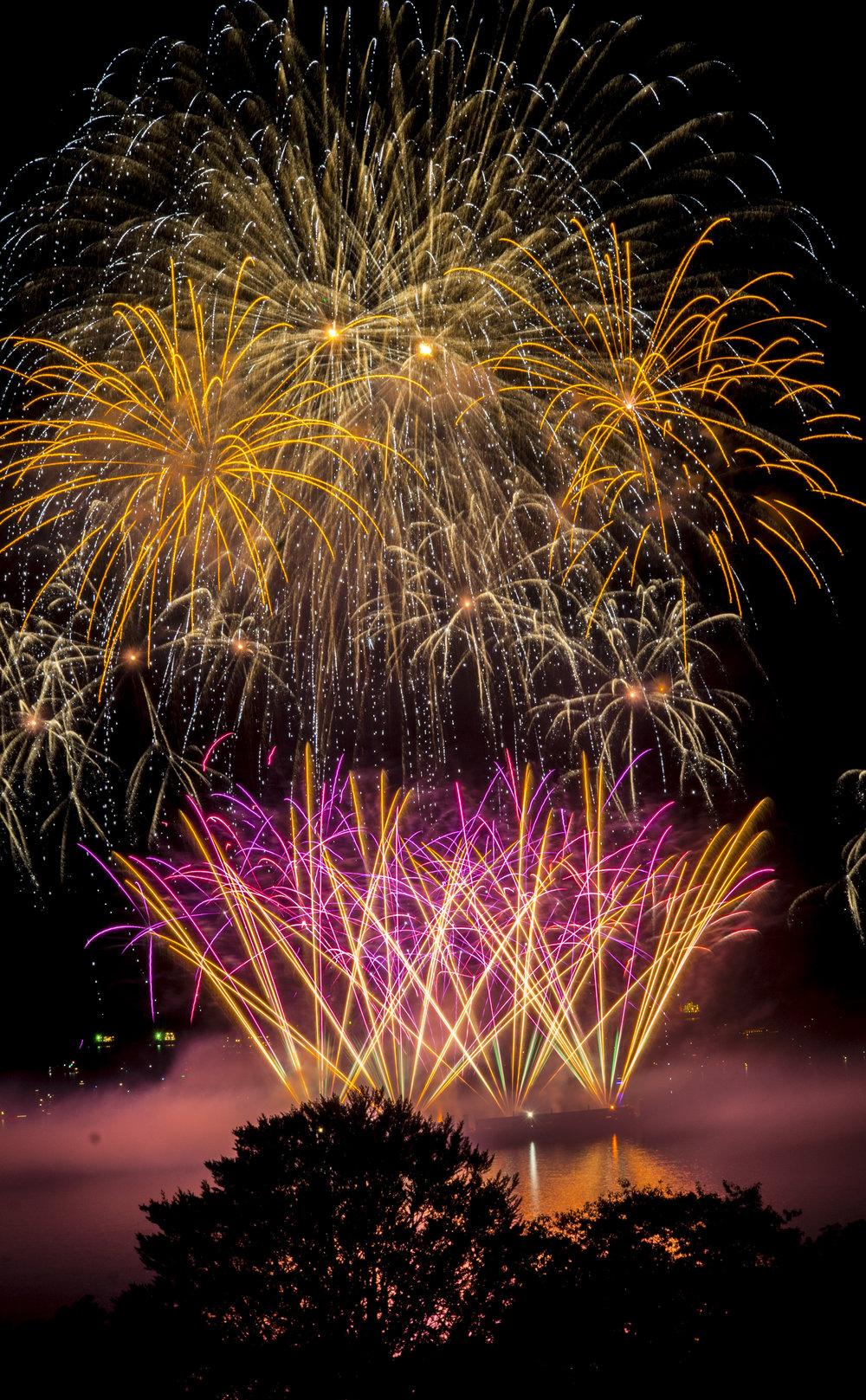 fireworks_japan.1008.jpg