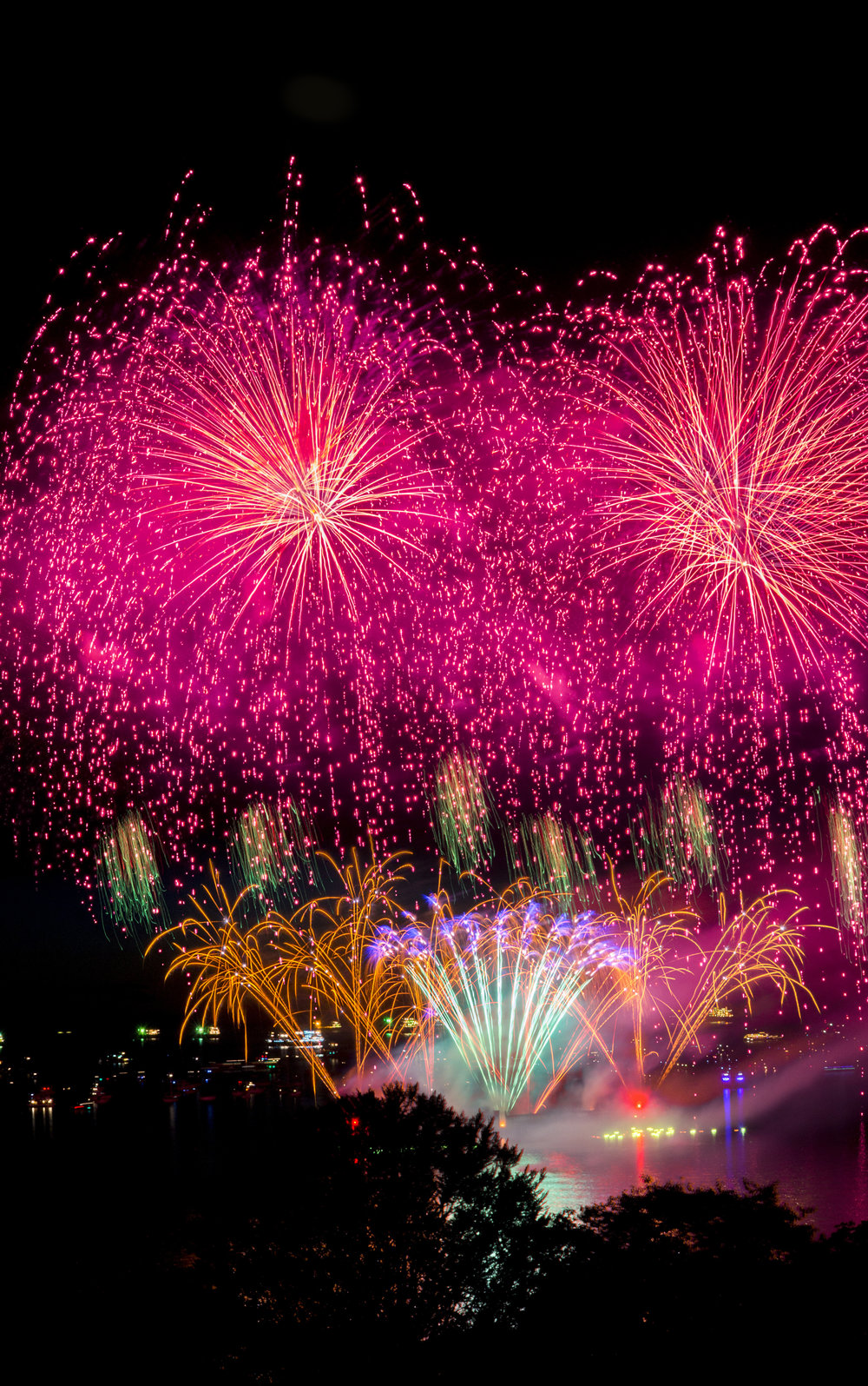 fireworks_japan.1010.jpg