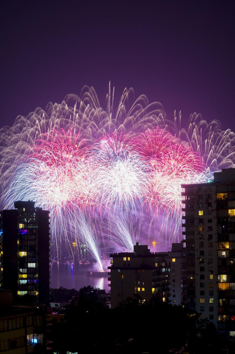 fireworks_canada.1004.jpg