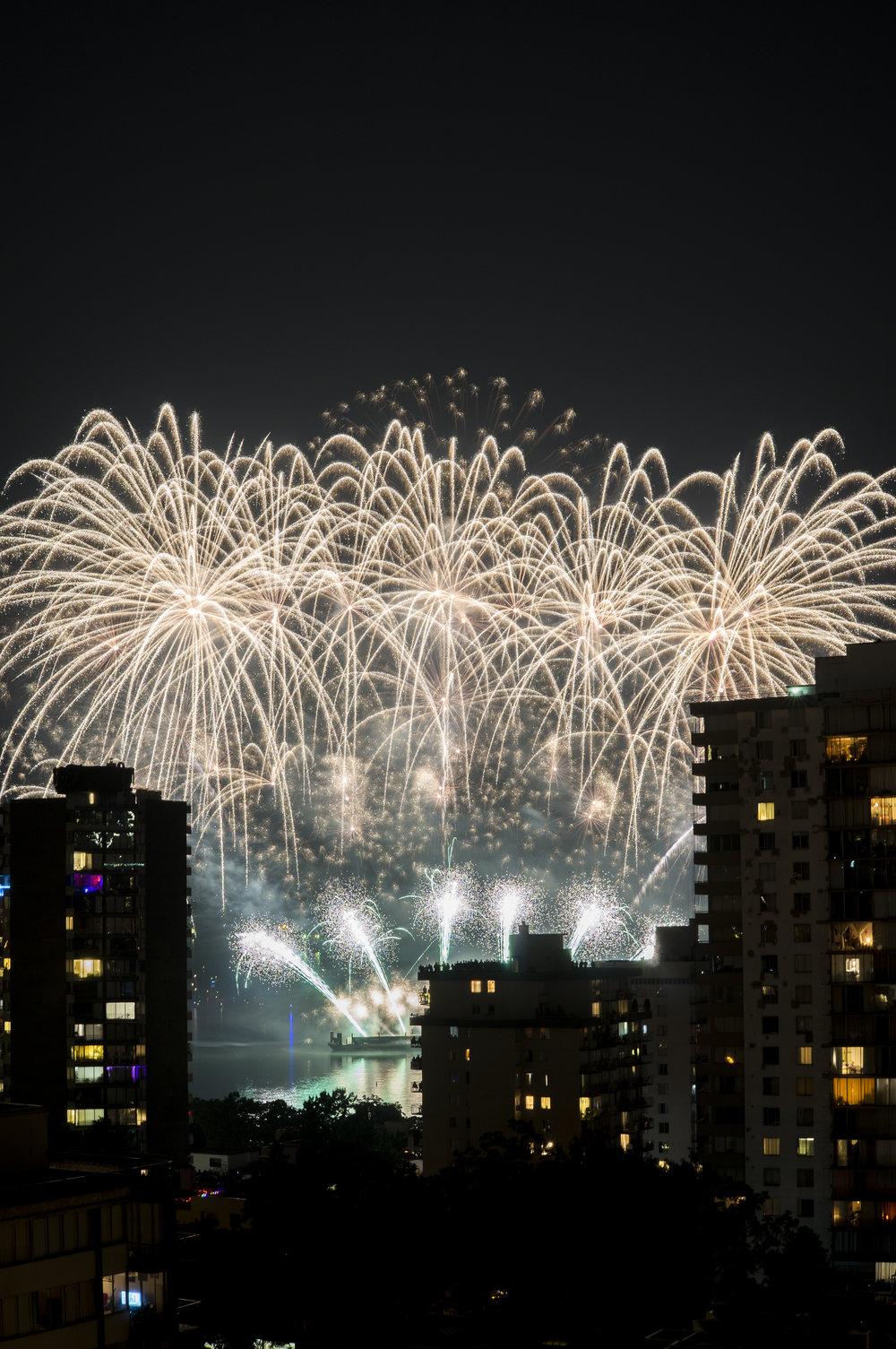fireworks_canada.1012.jpg