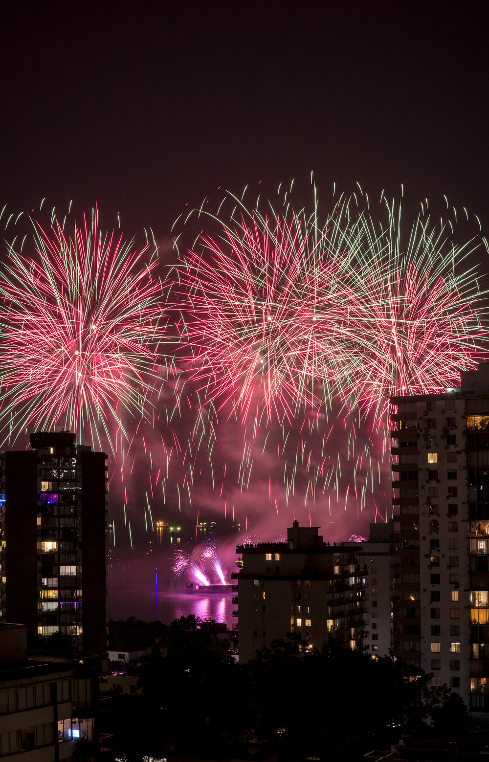 fireworks_canada.1016.jpg