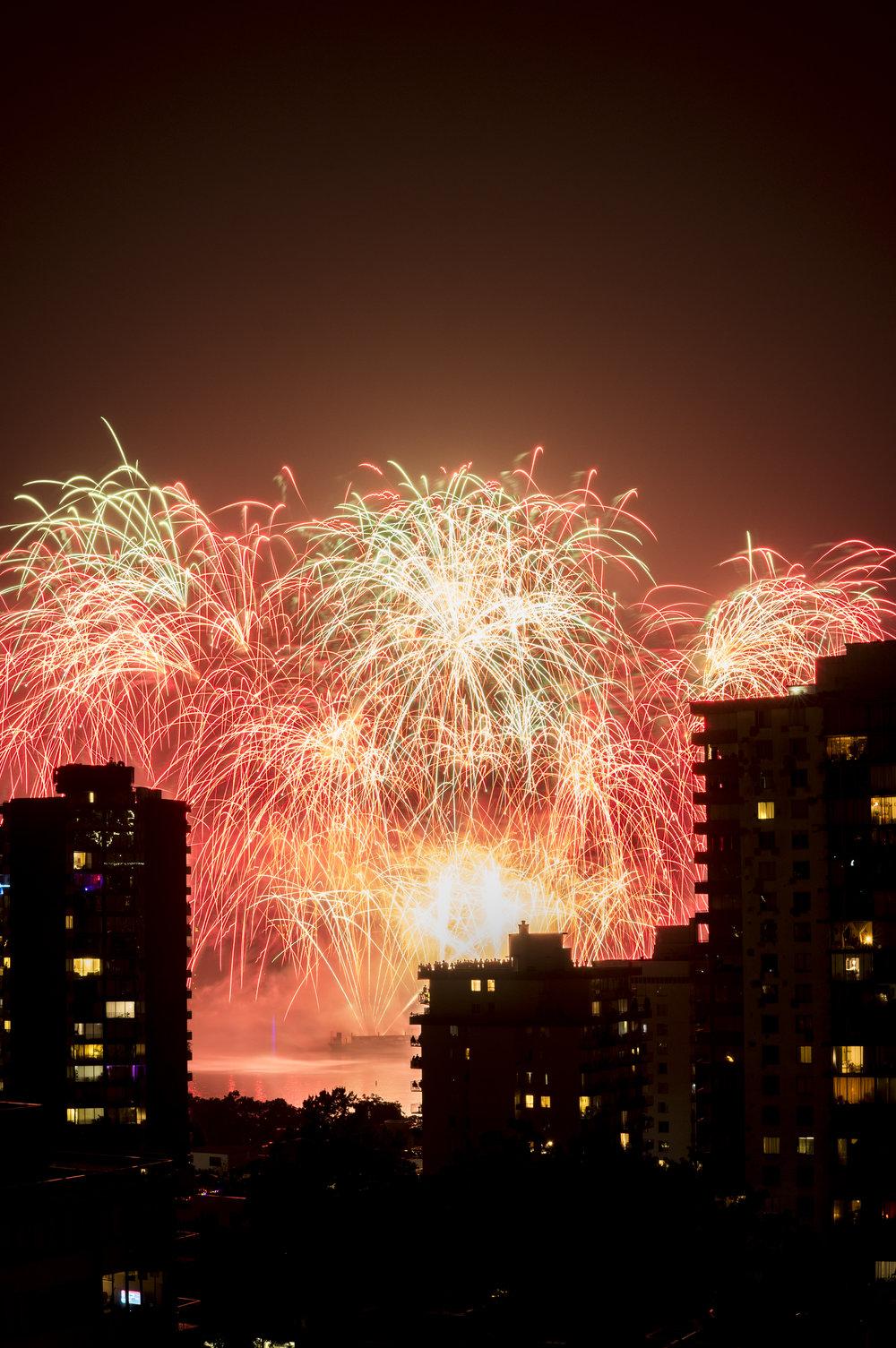 fireworks_canada.1019.jpg