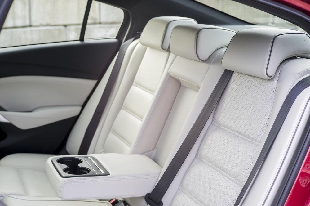 mazda6_interior.1001.jpg
