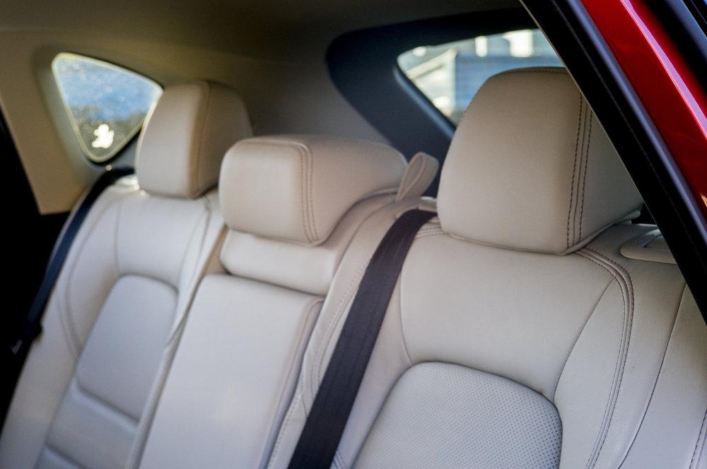 cx5.interior.1002.jpg