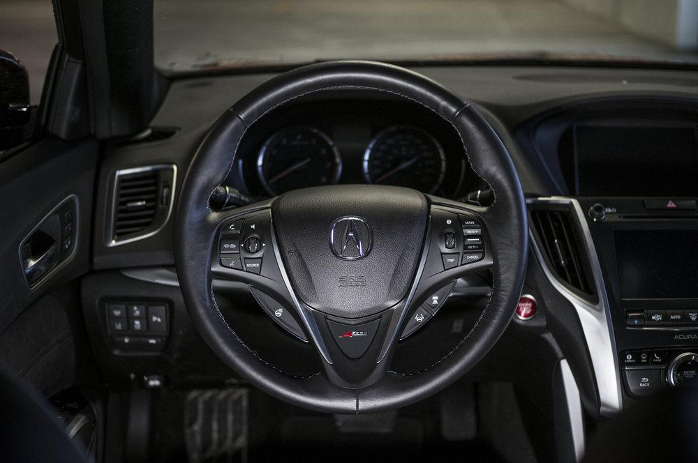 tlx_interior.1006.jpg