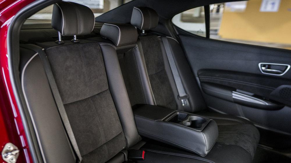 tlx_back_seat.1001.jpg