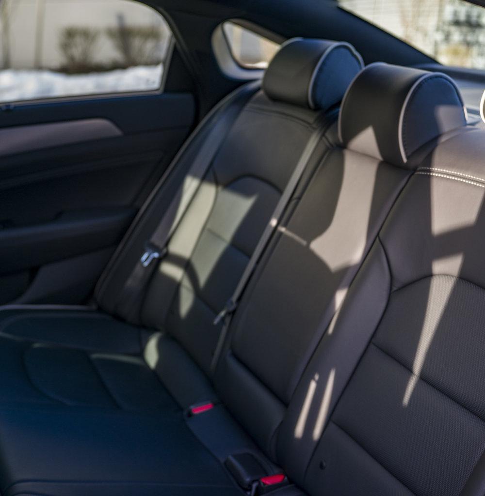 sonata_turbo.interior.1002.jpg