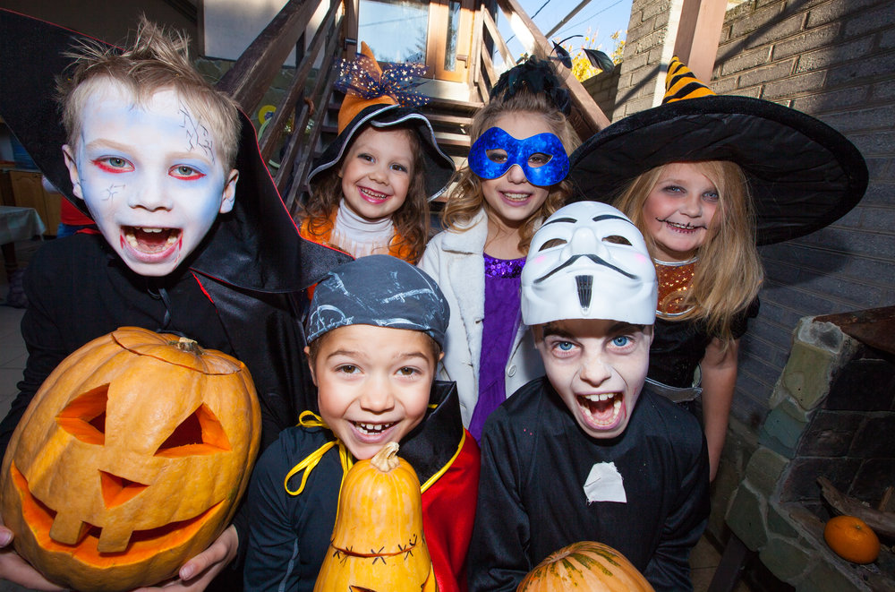 Halloween kids on steps.jpg
