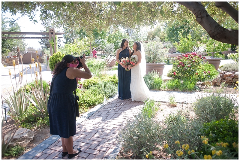 las_vegas_wedding_photographers_behind-the-scenes-14.jpg