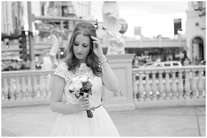 las_vegas_elopement_destination_wedding_photographer-16.jpg