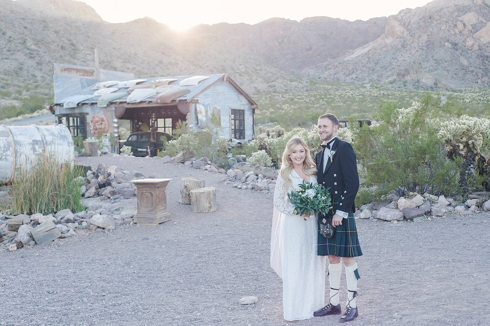Las_Vegas_El_Dorado_Canyon_elopement_photography-1-3.jpg