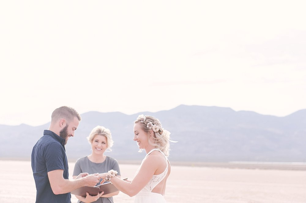 Las_Vegas_Dry_Lake_Bed_Wedding-06.jpg