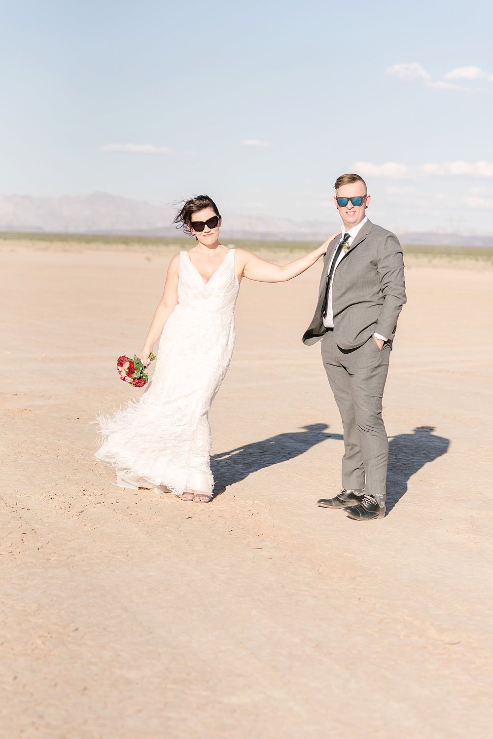 las-vegas-dry-lake-bed-elopement-flora-pop-16.jpg