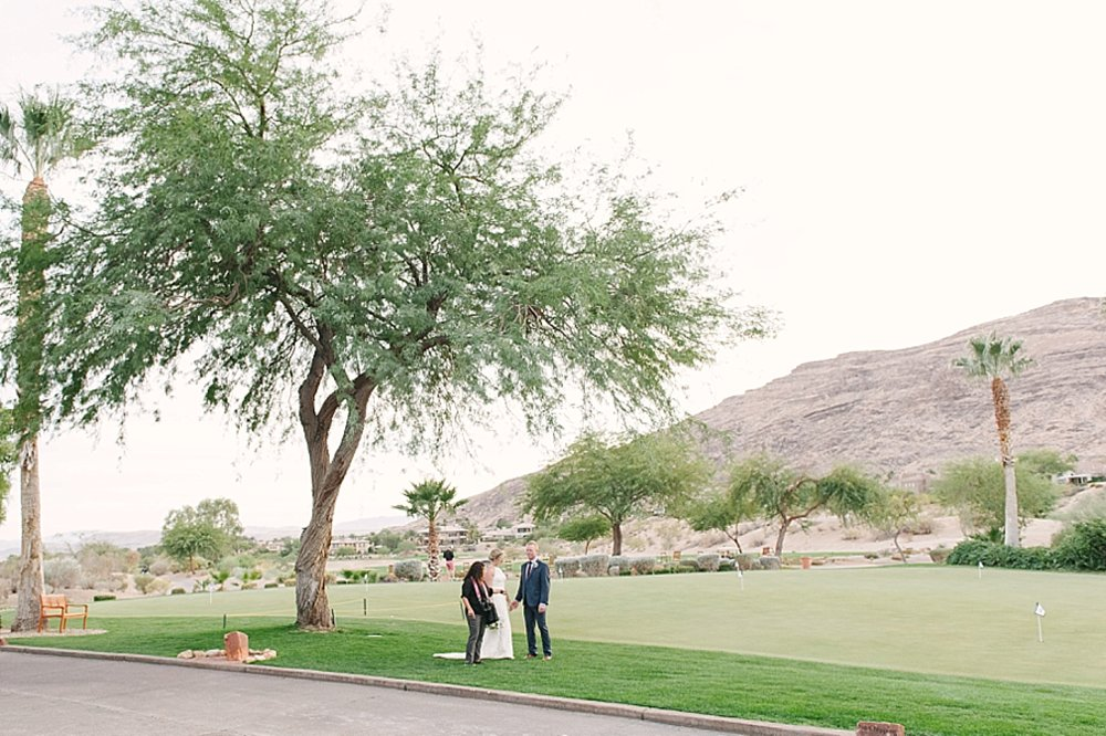 las_vegas_wedding_photographers_behind_the_scenes-06-2.jpg