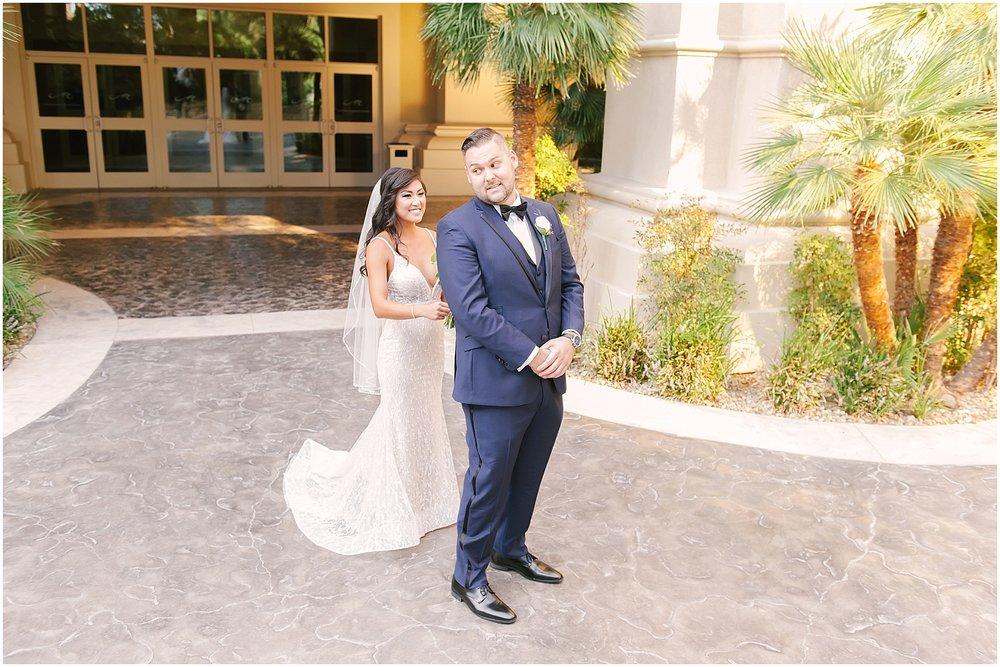 mandalay_bay_las_vegas_destination_Wedding_photography-07.jpg