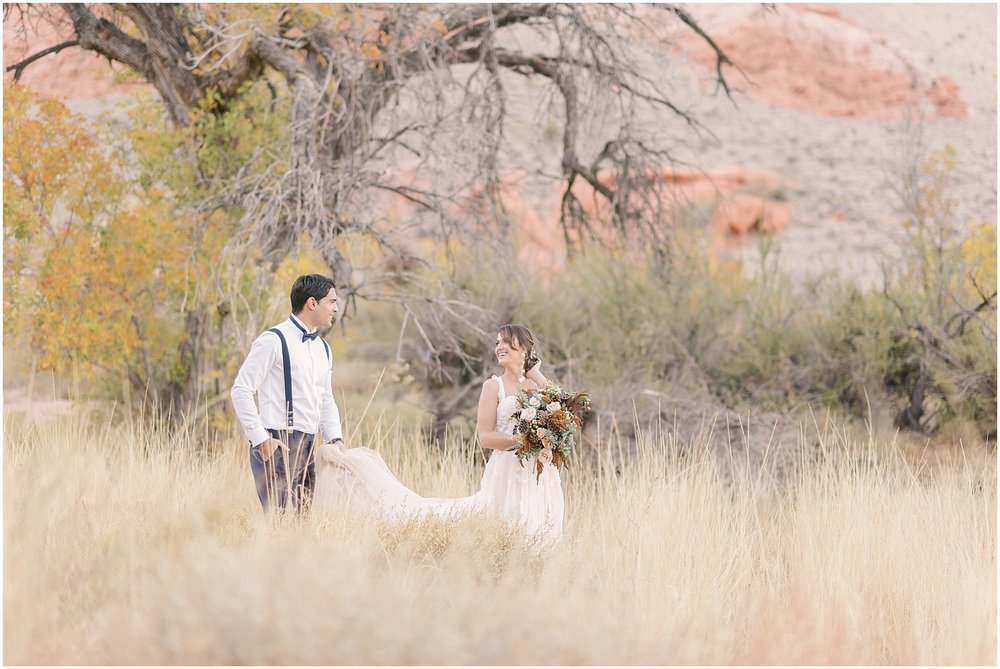 red_rock_canyon_elopement_photographer_blog-18.jpg