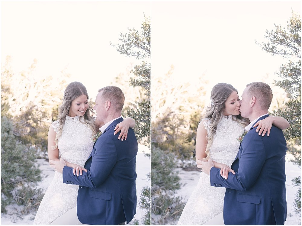 las_vegas_winter_mount_charleston_elopement_photos_blog-17.jpg