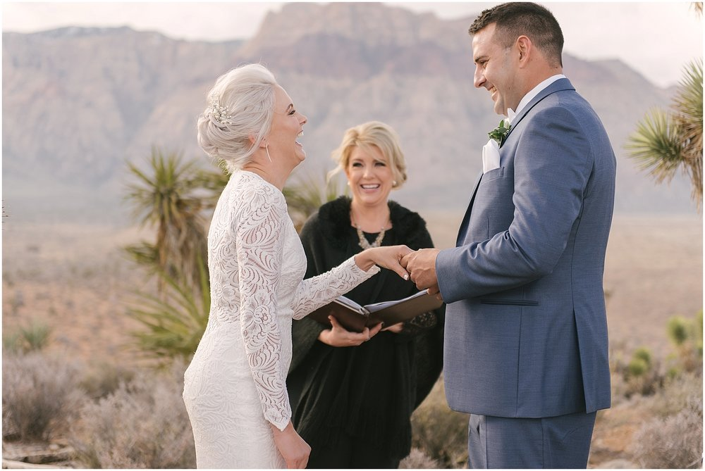 las_vegas__wynn_hotel_elopement_red_rock_photos-22.jpg
