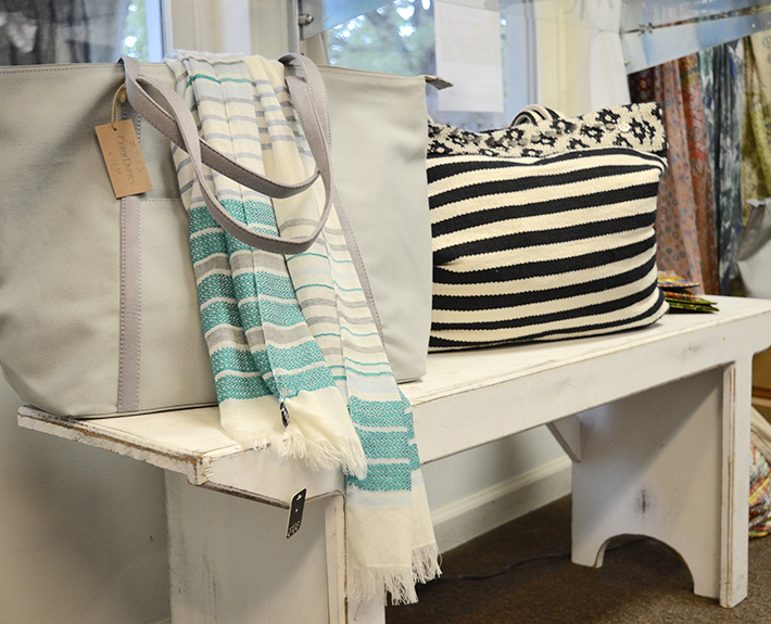 Accessories - Scarves,Bags,Jewelry,Gifts,& more...