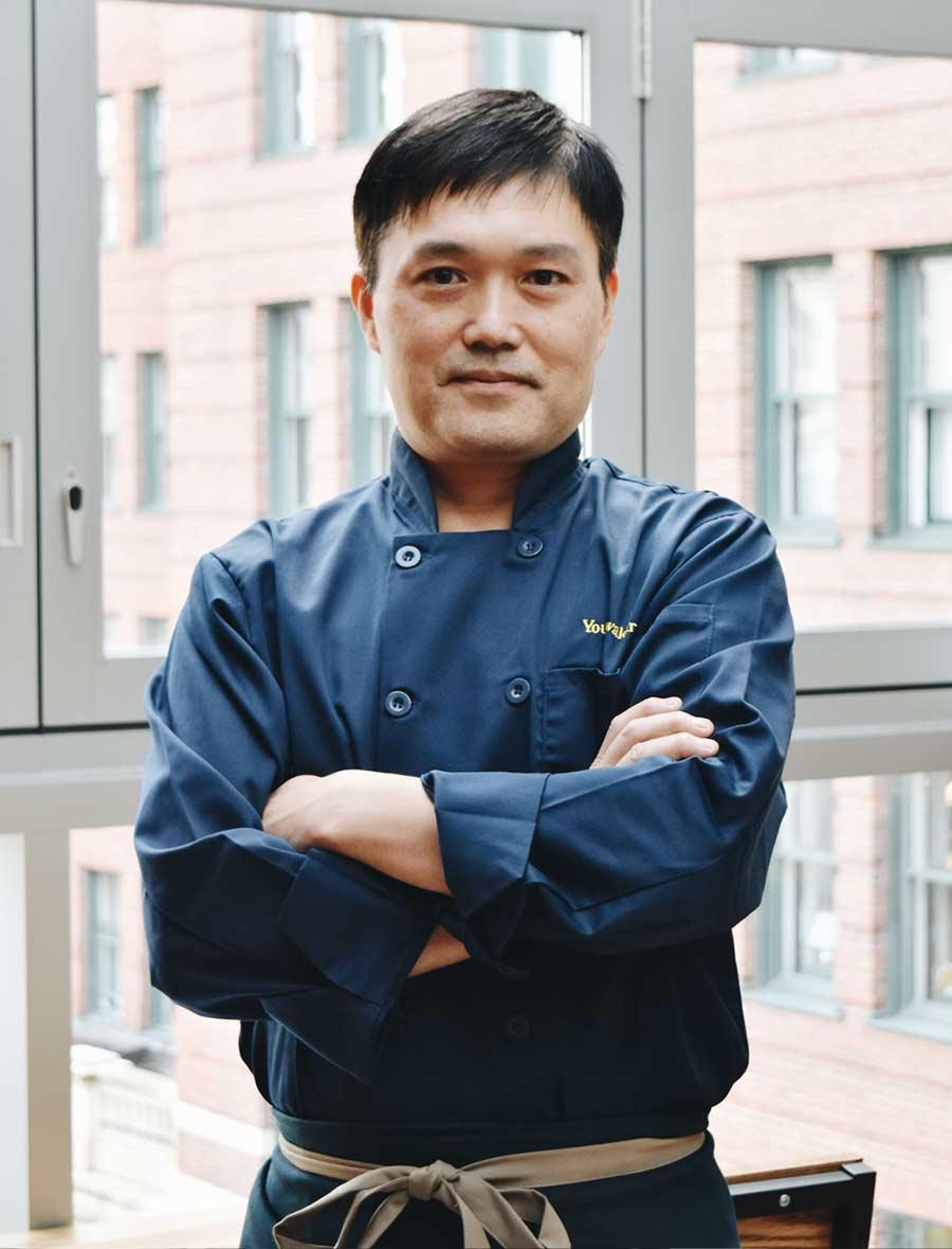 Youji Iwakura, Kamamkura Chef and Owner