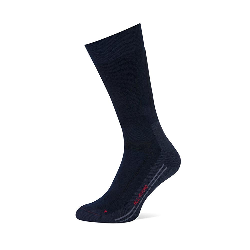 All Round   • Antipress boord • Extra bescherming tijdens activiteit • Bescherming op hiel • Schokdempende voetzool • Speciale teennaad • Ventilatie kanalen • Elastiek op wreef voorkomt draaien sok • Gebruik van CORDURA® maakt sok slijtvast • Gebruik van COOLMAX® zorgt voor verhoogde vochtafvoer • Anatomisch voetbed •  Beschikbaar in 2 kleuren