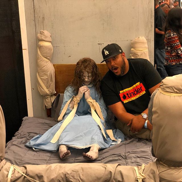 Was so awesome to meet Linda Blair this evening at Monsterpoolza and see the prop from the movie! She's such a sweetheart. The Exorcist still scares the crap outta me!😖 #horror #movies #monsters #actor #actors #convention #scary #lindablair #theexorcist #losangeles #hollywood #fun #weekend #tgif