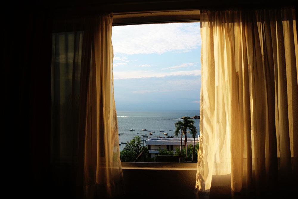 sunnywindow-Acapulco.jpg