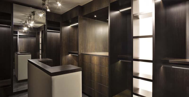 clifton-master-dressing-room1_0.jpg