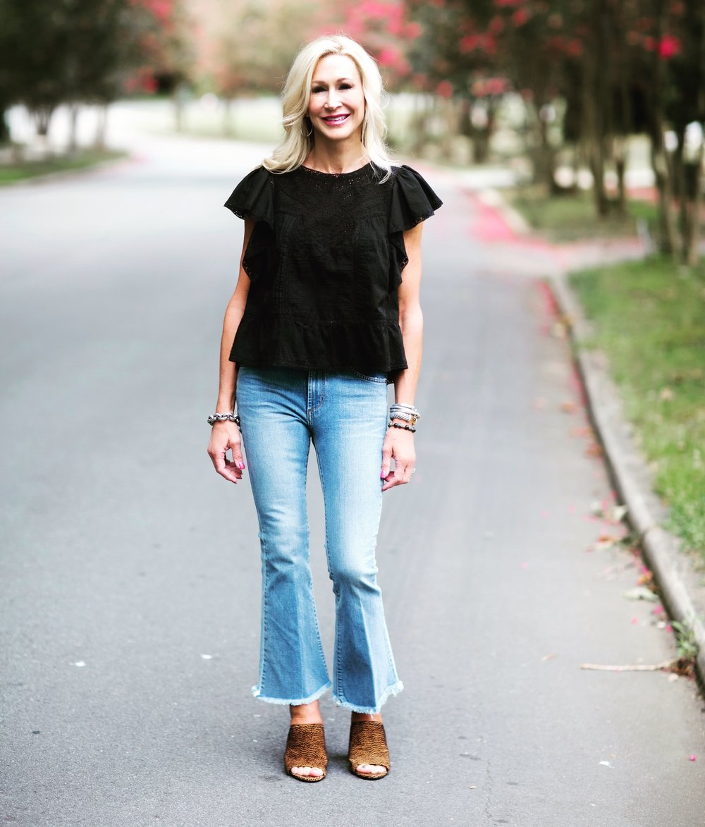 Cropped Freyed Hem Jeans with Black Eyelet Blouse