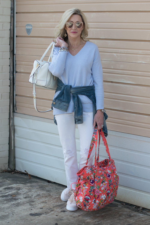Vera Bradley casual spring outfit