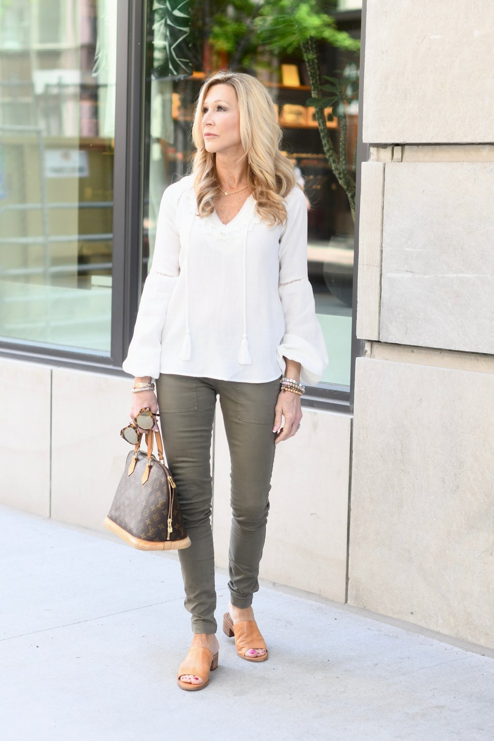 Neutral Spring Outfit Idea