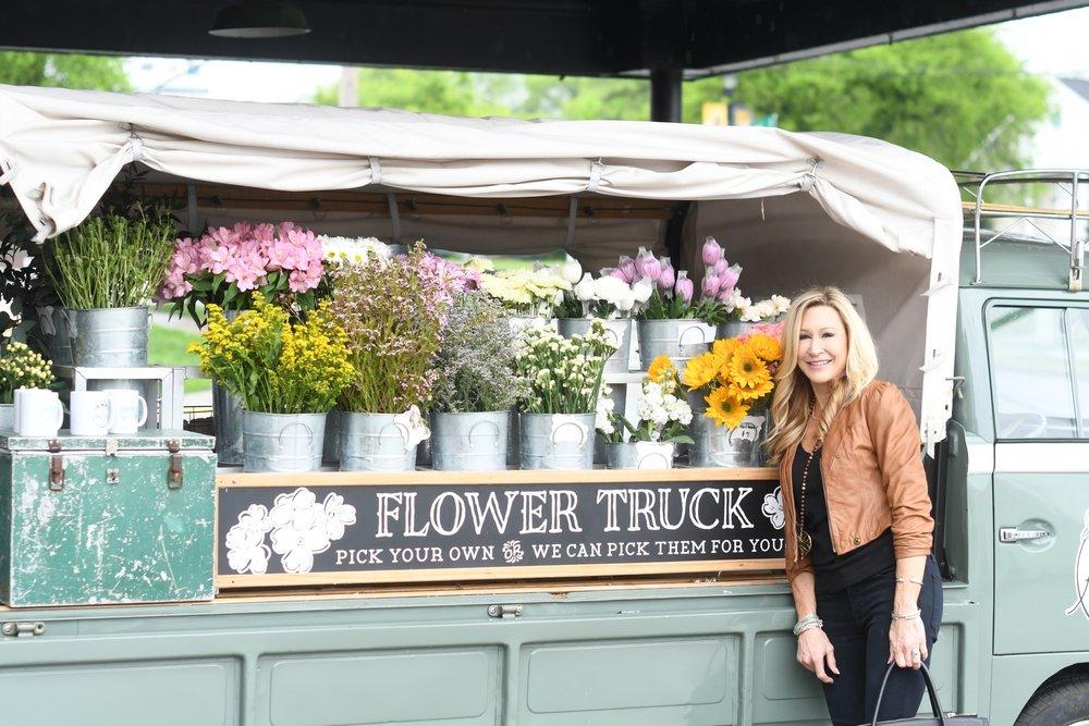 Amelia's Flower Truck - Nashville