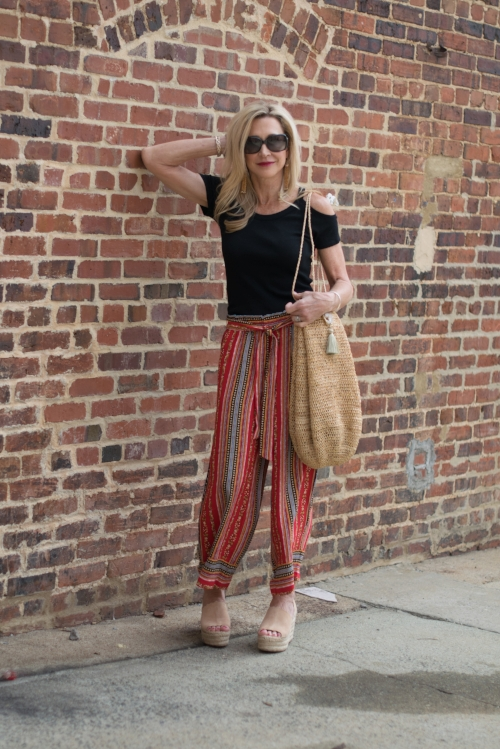 897f4a5d5a3 Perfect Late Summer Outfit - Palazzo Pants with Off-the-Shoulder Top ...