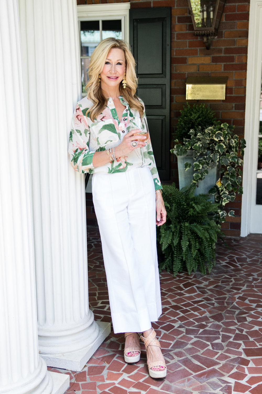 Summer White Cropped Pants with Floral Blouse