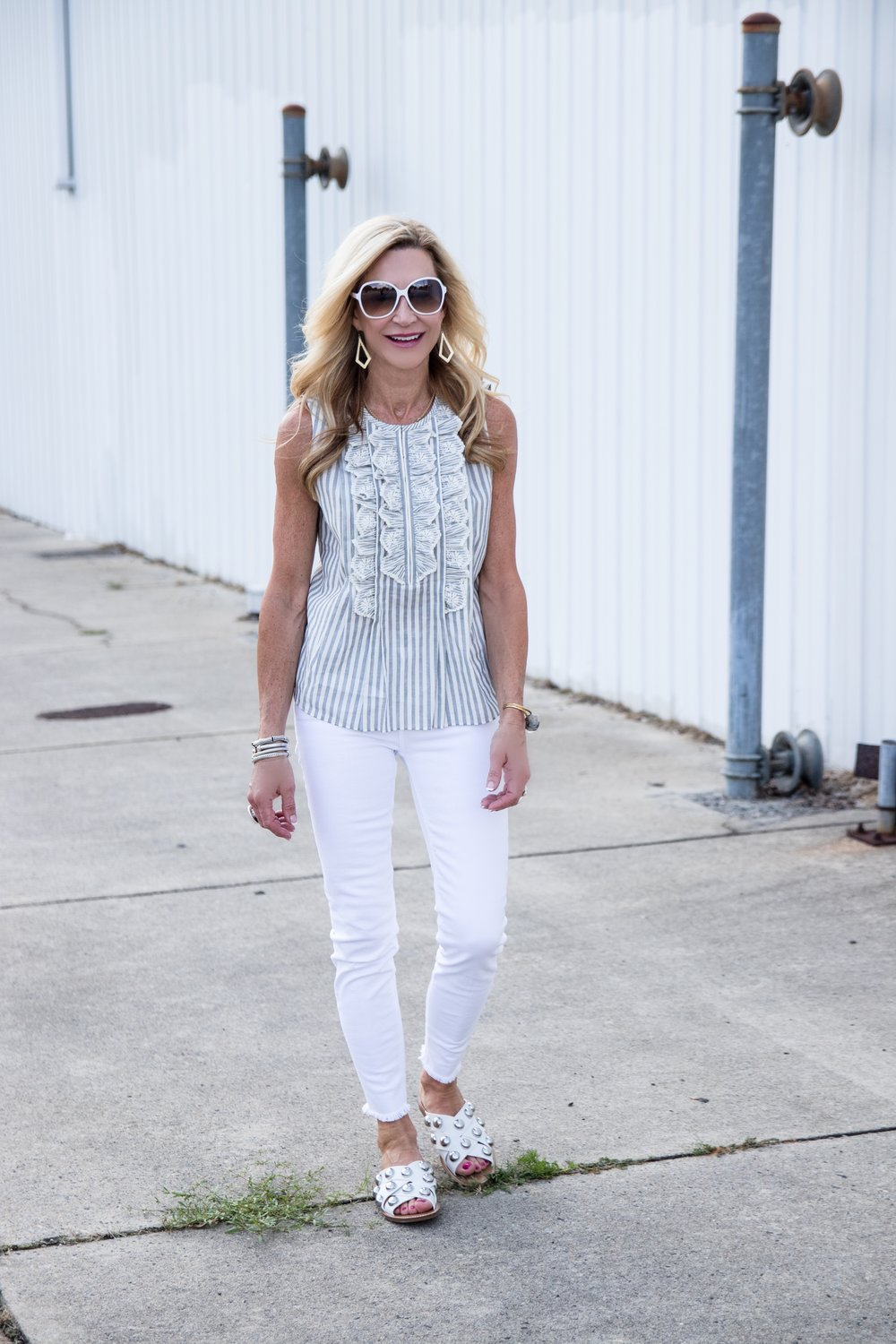 Rebecca Taylor top, white jeans and Marc Fisher slides