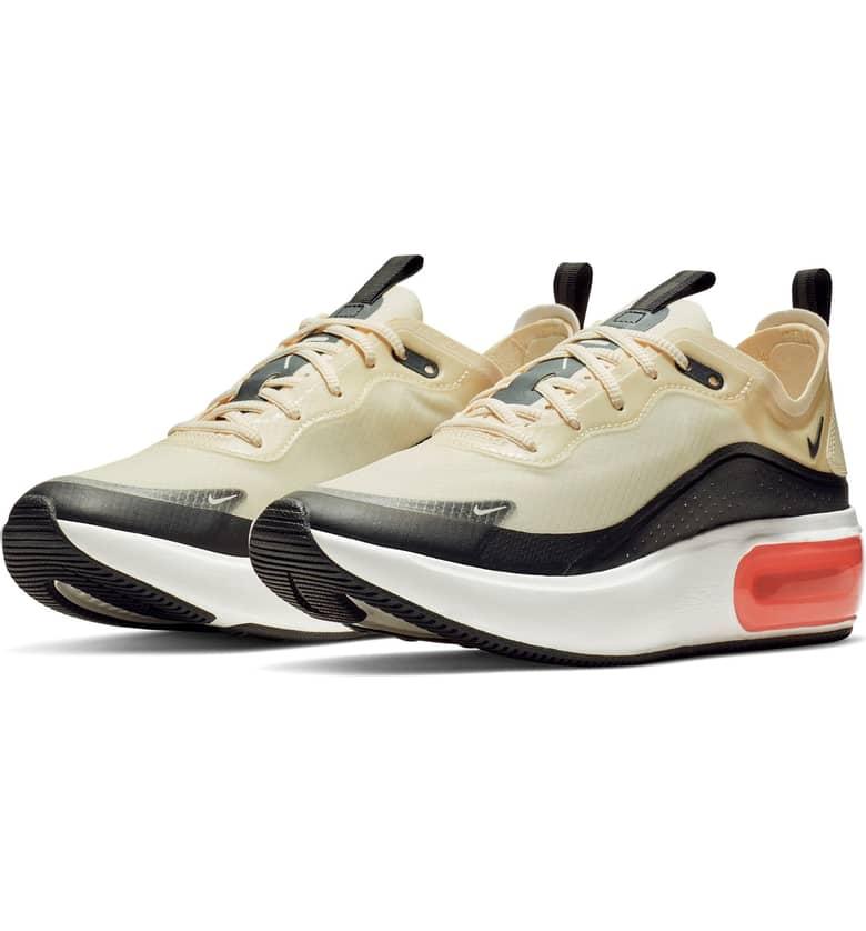Air Max DIA SE Running Shoe - So comfortable!