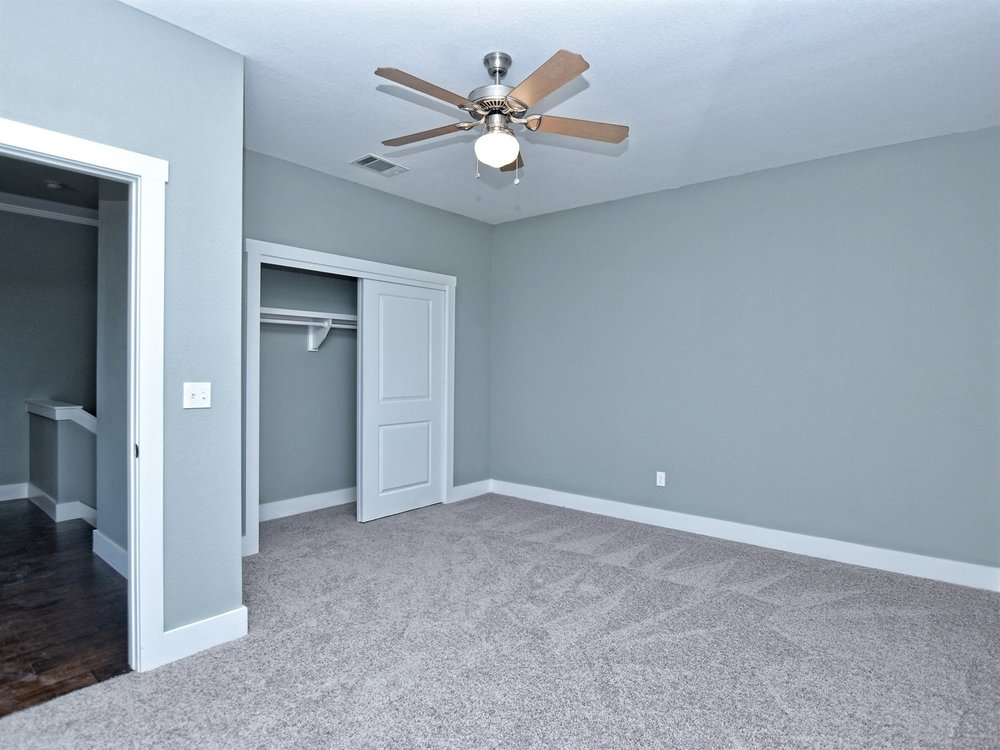 020_2nd Bedroom.jpg