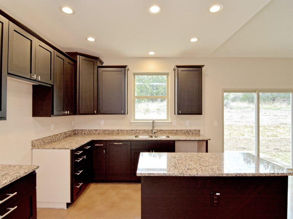 014_Kitchen 3.jpg
