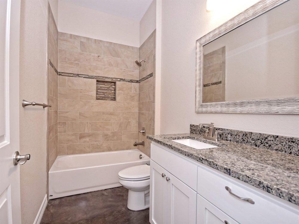 020_2nd Bathroom.jpg