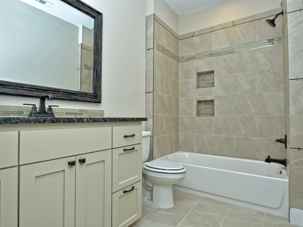 022_2nd Bathroom.jpg