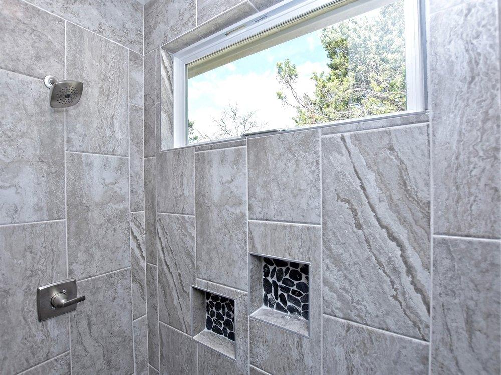 019_Master Shower.jpg