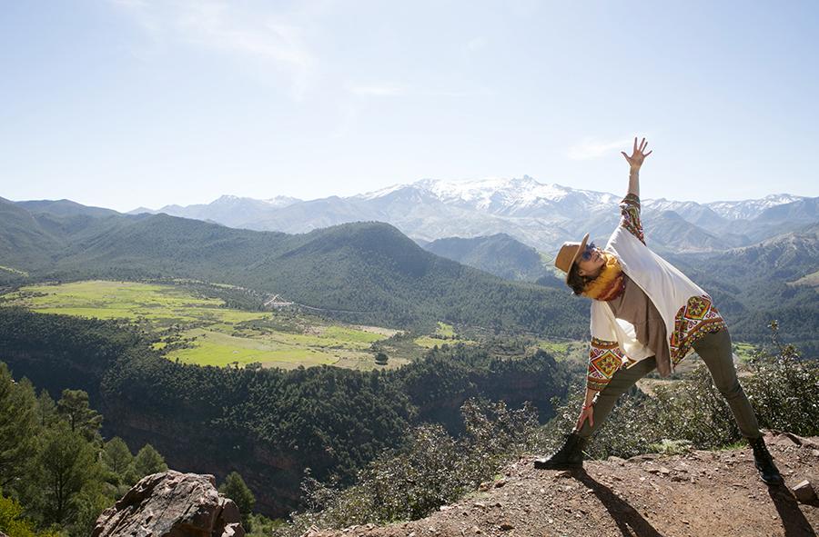 mountain yoga.jpg