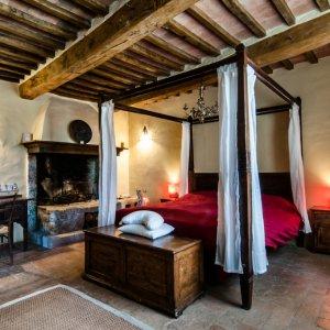 Italy allson room.jpg