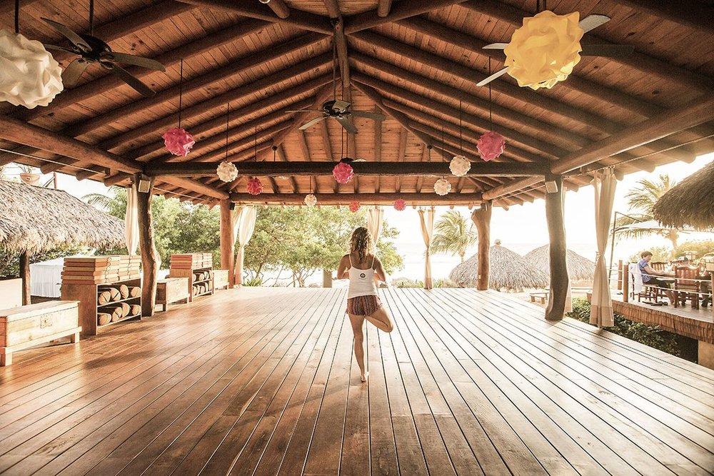 platform-yoga-_-private-yoga-_-brianne-mckenzie-_-beach-ocean-view-_-boutique-hotel-_-spa-resort-_-yoga-retreat-_-restaurant-_-playa-troncones-mexico-_-chris-hannant-photography1-1.jpg