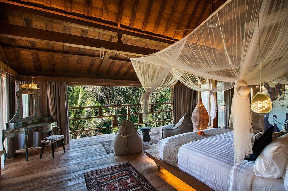 Luxury-Premier-Suite-Ubud.jpg