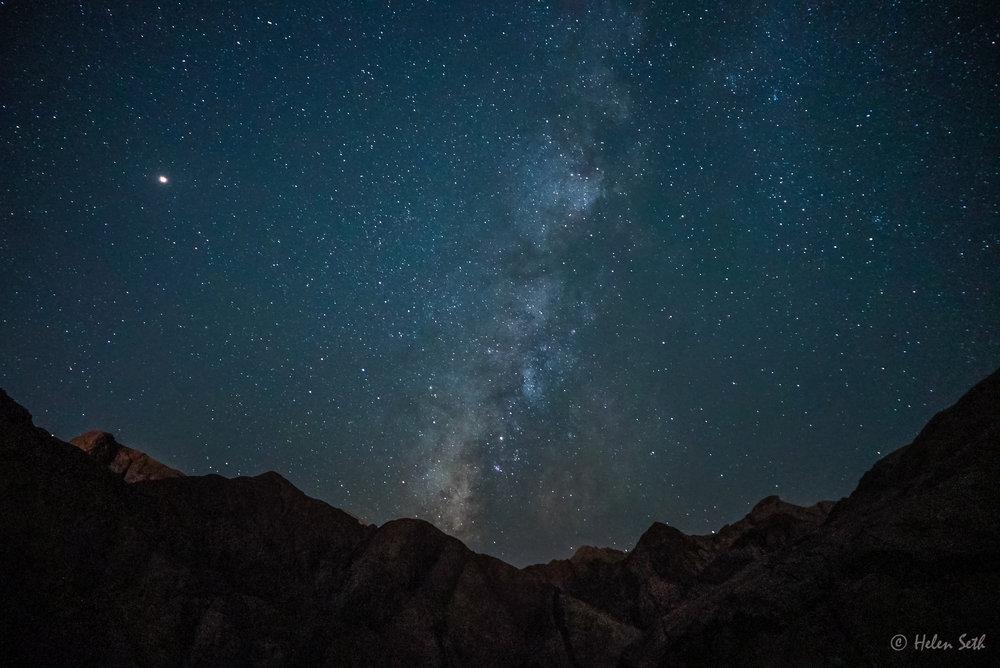 Desert_Milkyway_Moon_stars_Egypt_Sinai_Dahab_Coachhouse.jpg