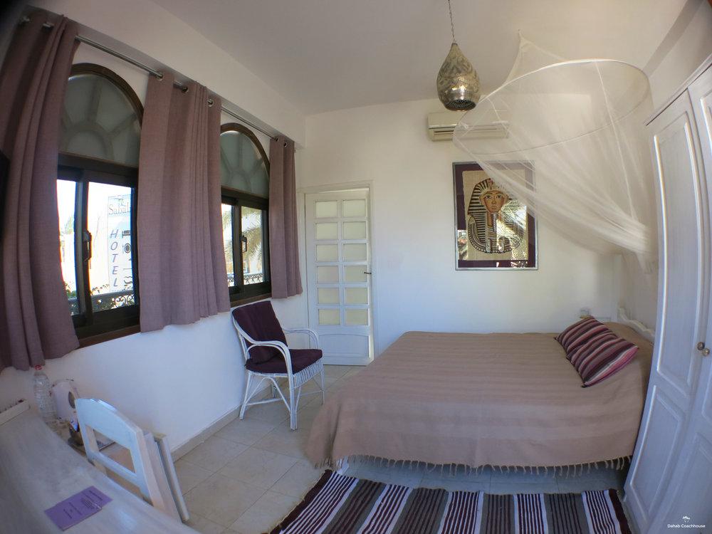 Dahab_Coachhouse_Egypt_Sun_Diving_Sea_Room_Guesthouse_Hotel