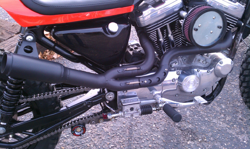 CUSTOM EXHAUST BY TODD APPLE